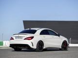 Оформление кормы купе Mercedes-AMG CLA 45 2016-2017 фото