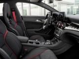 Mercedes-AMG CLA 45 интерьер