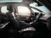 Обновленный интерьер Renault Scenic 4 поколения