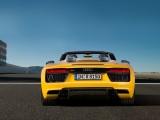 Audi R8 Spyder V10 фото вид сзади