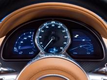 Комбинация приборов Bugatti Chiron фото