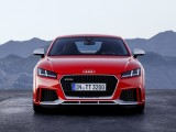 Купе Audi TT RS вид спереди