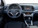 Hyundai Elantra 6 поколения салон