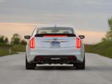 Фото Cadillac CTS-V 2016-2017 корма