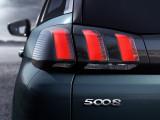 Задние фонари Peugeot 5008 фото