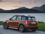 mini-countryman-2017-10