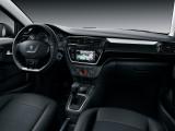 Отделка интерьера Peugeot 301 в темных тонах