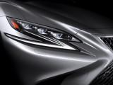 Остроугольная передняя оптика Lexus LS