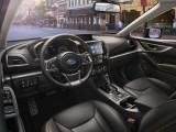 Обновленный интерьер Subaru XV 2017-2018 фото