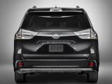 Toyota Sienna SE дизайн кормы