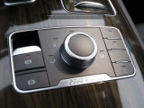 Блок функциональных кнопок на центральном тоннеле
