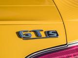 Шильдик GT S на кузове модели