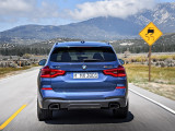 Фото BMW X3 M40i вид сзади