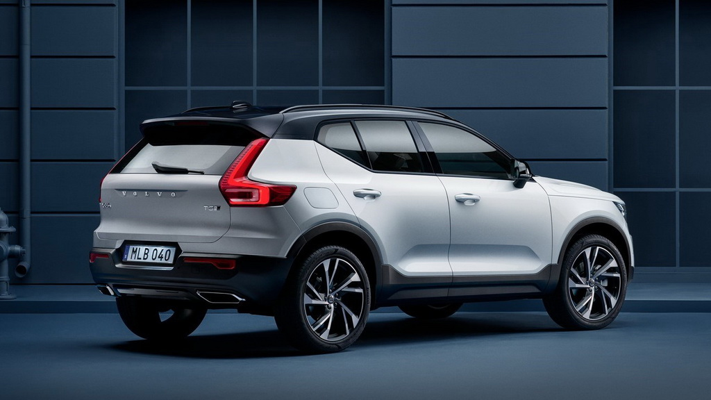 volvo xc40 2019 2020 the new small crossover volvo. Black Bedroom Furniture Sets. Home Design Ideas