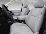 Отделка интерьера Toyota Sequoia комплектация Limited