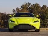 Фото Aston Martin Vantage вид спереди