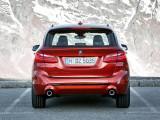 Новый BMW 2-series Active Tourer вид сзади
