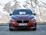 Новый BMW 2-series Active Tourer вид спереди
