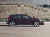 Профиль хэтчбека Ford Focus Vignale фото