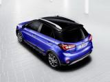 Корма кросс-версии Hyundai i20 Active фото