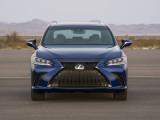 Фото Lexus ES F Sport вид спереди