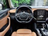 Передняя панель и рулевое колесо