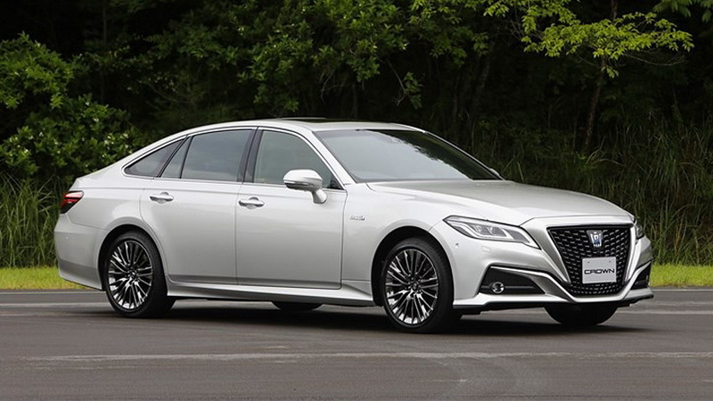 toyota-crown-2019-1
