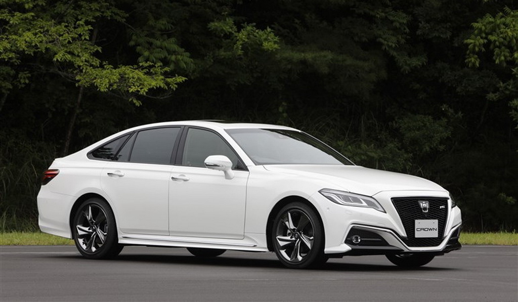 toyota-crown-2019-3