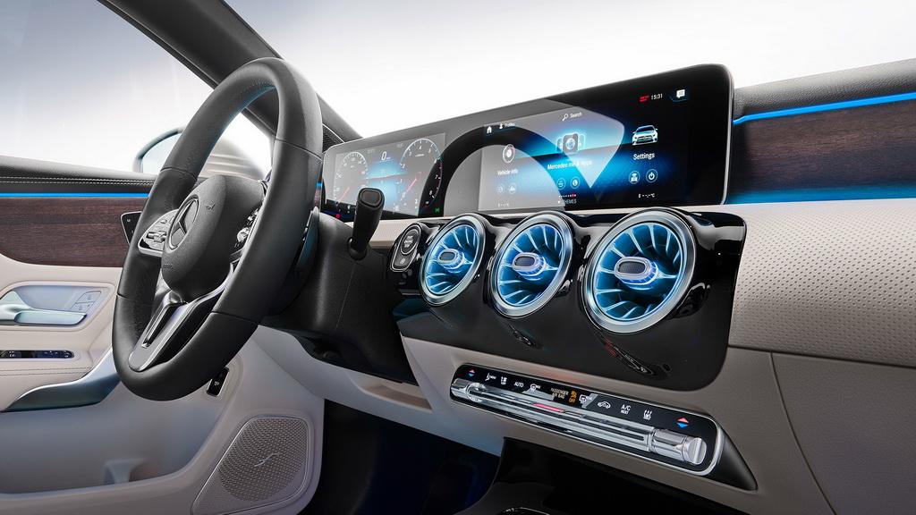 mercedes-a-class-sedan-2019-5