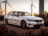 Фото BMW 330e внешний облик
