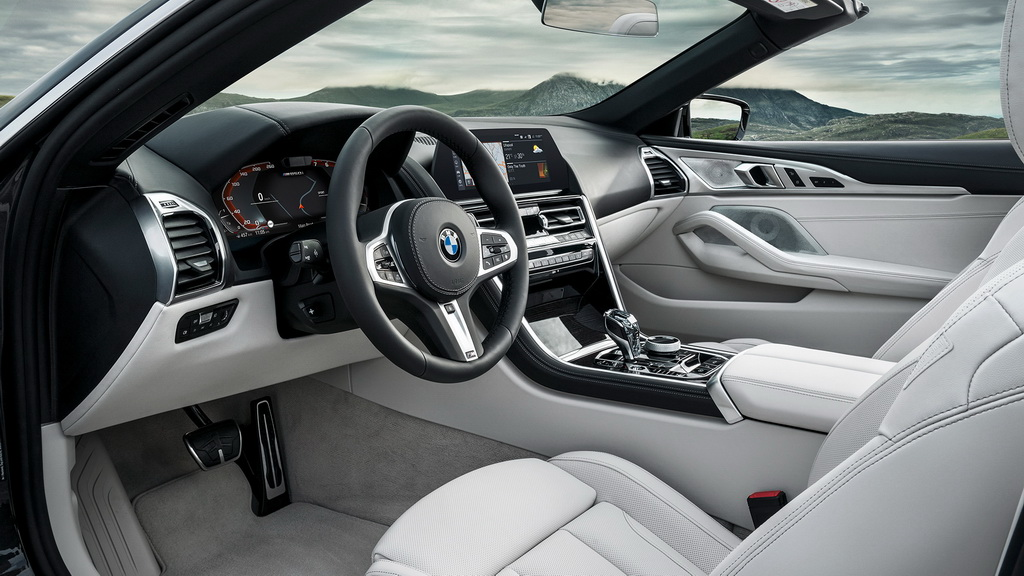 bmw-8-series-convertible-2019-6
